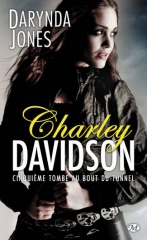 charley davidson,darynda jones,cinquième tombe au bout du tunnel,reyes farrow