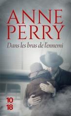 dans les bras de l'ennemi, Anne Perry, saga Elena Standish, Elena Standish, montée du fascisme, seconde guerre mondiale